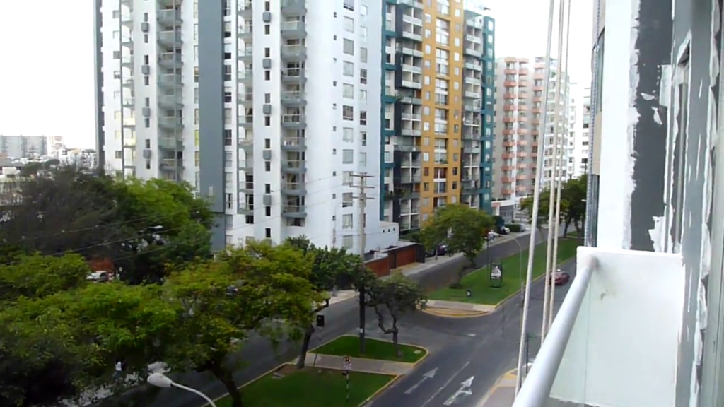 lima_peru_-_modern_apartment_highrise_4