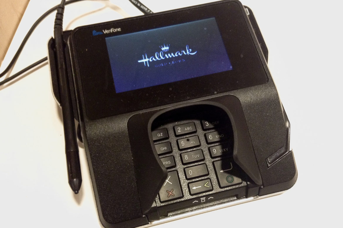 Businesses That Use Cellular Credit Card Terminals