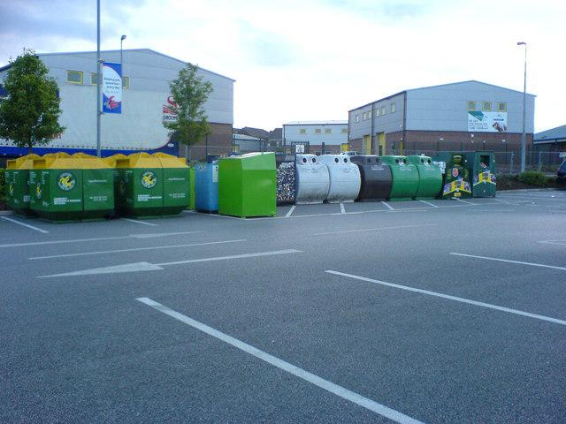 Great Features to Consider When Purchasing Recycling Picking Units