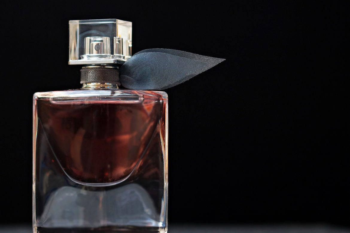 The Difference Between Picking Perfumes for Men and for Women